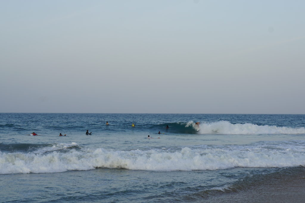 Surfer bei Arugam Bay