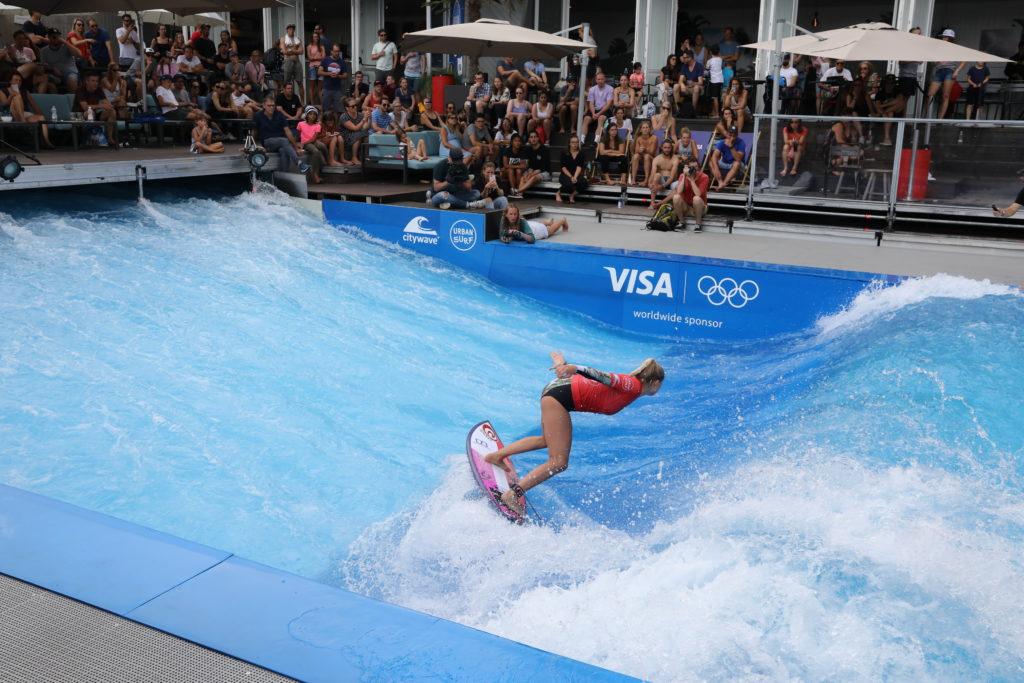 Surfer Citywave Pro Tour Zürich