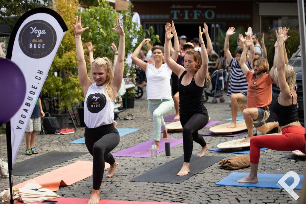 Öffentliche Yogastunde